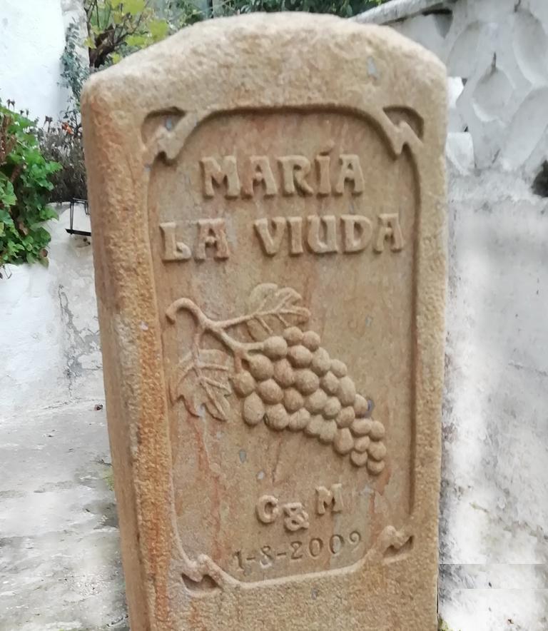 Monolito y piedra para viñedo